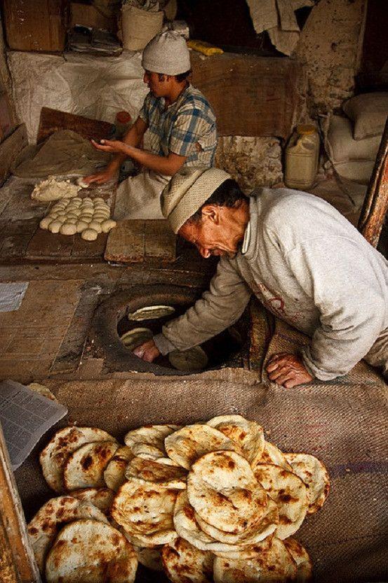 Kashmiri-Bakers-Leh-Adventure-Sindbad-pinterest-Travel-company-Ladakh